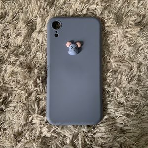 💎 $3 with Purchase 💎 iPhone XR Kaws Case
